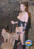 Slavegirls doggy training
