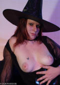 Teen witch presents her tits for HALLOWEEN.