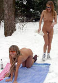 happy nude snow freaks