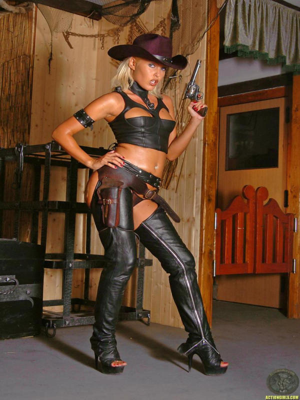 Cowgirl  dressed in black leather